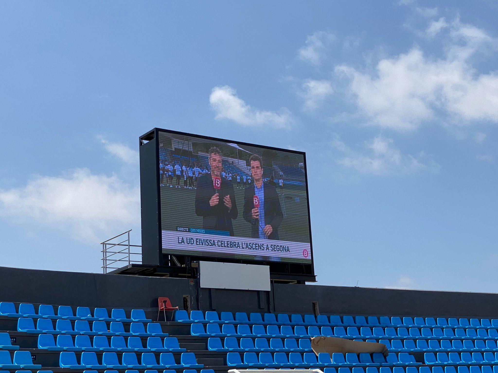 Vídeo Marcador de fútbol profesional, fabricado para UD Ibiza.